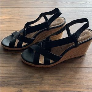 Merona black strap wedges